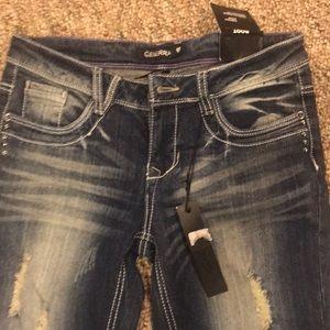 NWT Generra size 7 jeans 👖